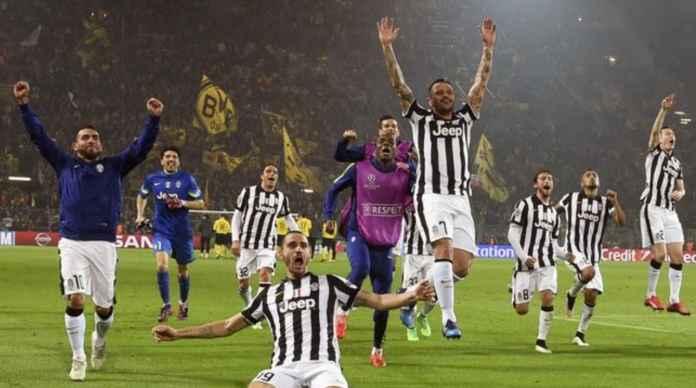 Juventus masih bisa raih treble winners musim ini bersama Bayern munchen dan PSG