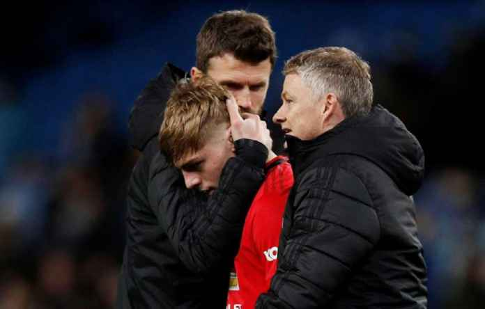 Manchester United Tingkatkan Kontrak Dua Wonderkid-nya