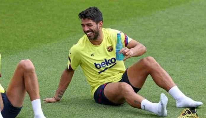 Luis Suarez Ungkap Pesan Emosional Setelah Diijinkan Membela Barcelona