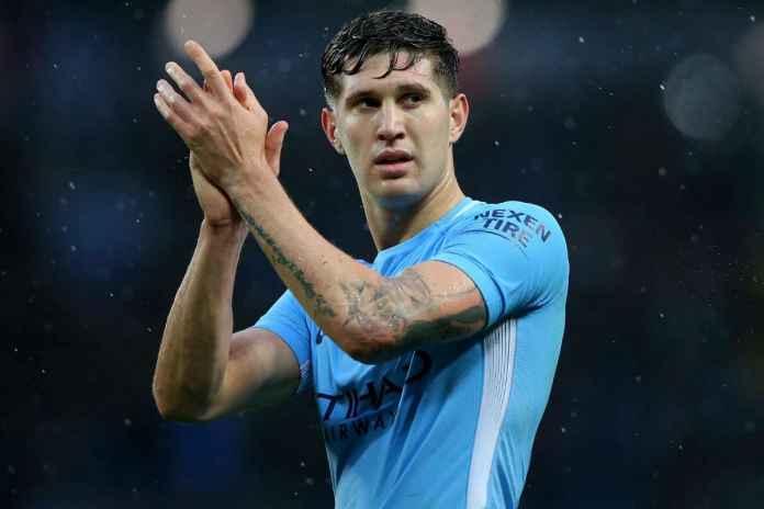 Arsenal Diminta Segera Daratkan Bek Man City