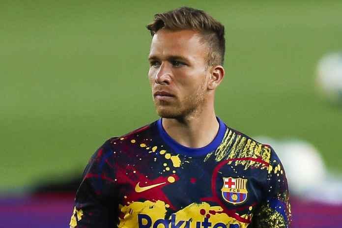 Barcelona Diminta Selesaikan Masalah Dengan Arthur