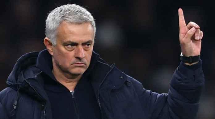 Jose Mourinho Bidik Lima Pemain Baru, Dua Pemain Asal Tim Degradasi