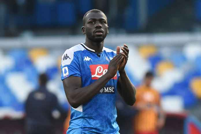 Manchester United Diharapkan Segera Boyong Bek Napoli
