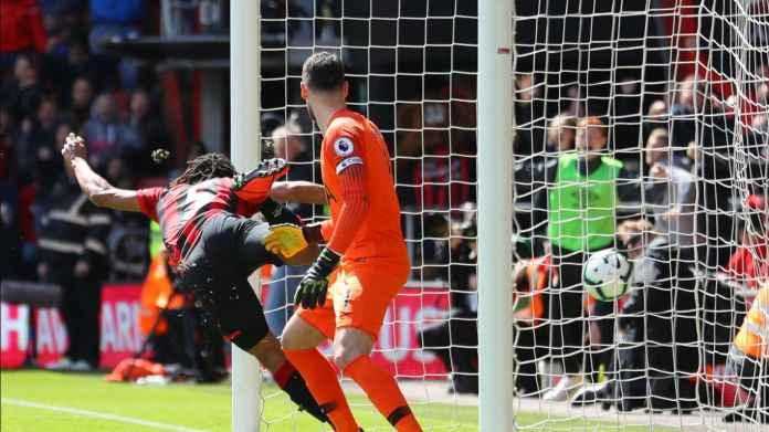 Bek Menakutkan Dengan 12 Gol Menjadi Milik Manchester City