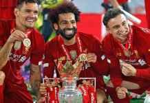 Para pemain Liverpool merayaka gelar juara Liga Inggris