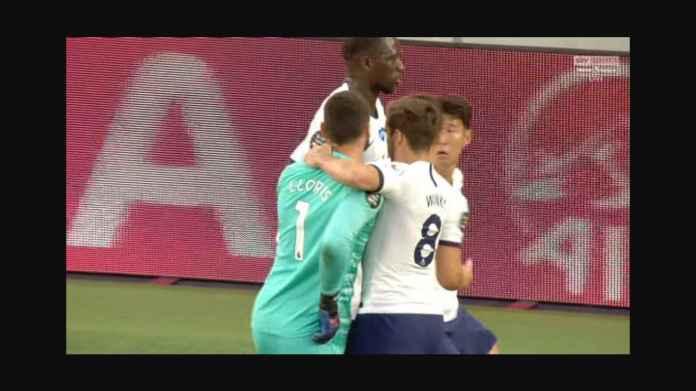 Son Heung-min Ngegas Saat Disemprot Lloris, Kapten Tottenham Murka