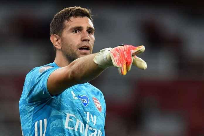 Arsenal Terancam Kehilangan Emiliano Martinez