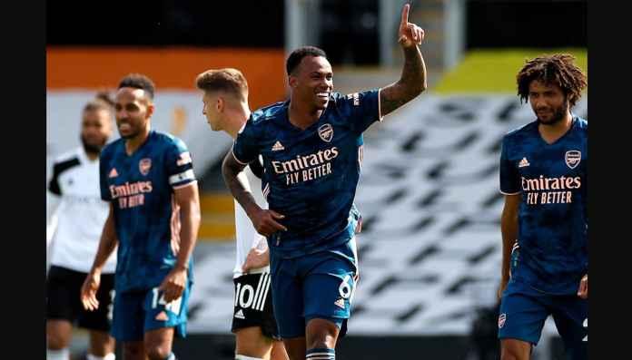 Rio Ferdinand, Martin Keown Melongo Lihat Debut Gabriel Magalhaes