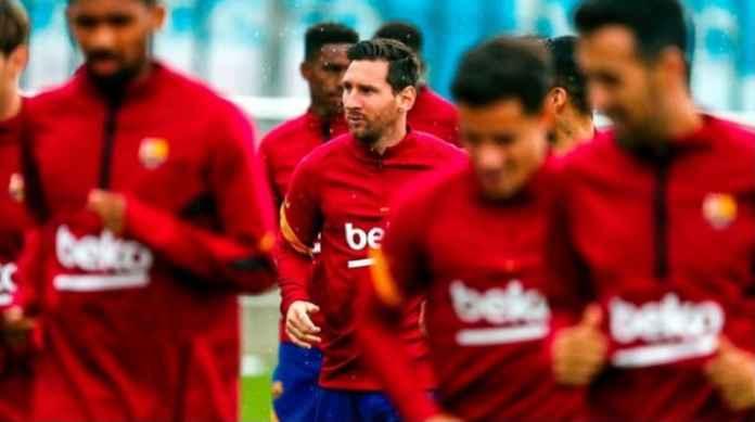 Lionel Messi Jadi Pesepak Bola Terkaya Kalahkan Cristiano Ronaldo