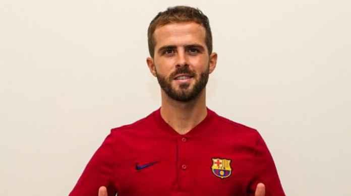 Barcelona Wariskan Peninggalan Arthur pada Miralem Pjanic
