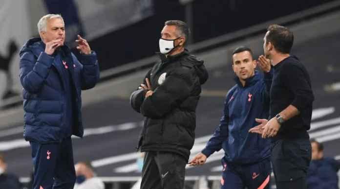 Lihat Lampard dan Mourinho Saling Memaki Saat Chelsea Unggul 0-1