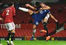 Chelsea Dirampok? Kapten The Blues Meratapi Cekikan Kapten Man Utd