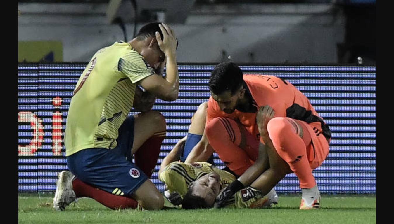 Para pemain yang menjadi target Man Utd dan Juventus berteriak kesakitan saat mereka membela Kolombia