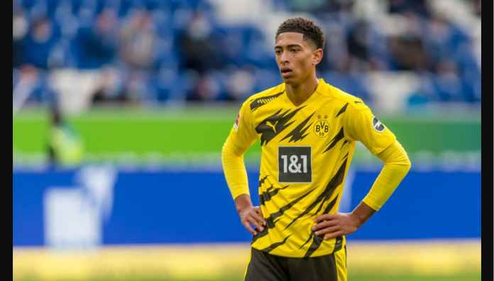 Pemain Termuda di Liga Champions Bikin Dortmund Kebobolan Menit 6