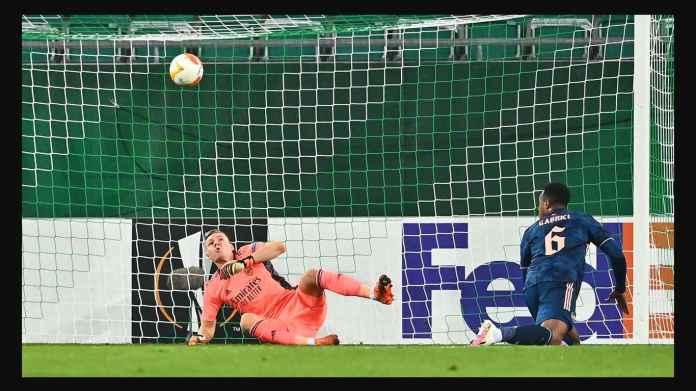 Hasil Rapid Wien vs Arsenal 1-2: Kesalahan Bodoh Kiper Bernd Leno