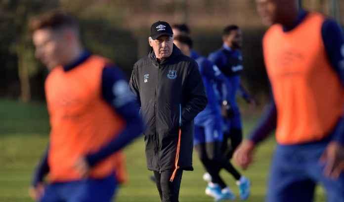 Carlo Ancelotti: Everton tampak hebat melawan Liverpool