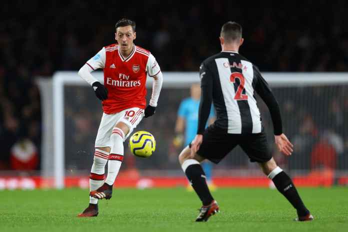 Mesut Ozil Akan Tinggalkan Arsenal Lebih Cepat