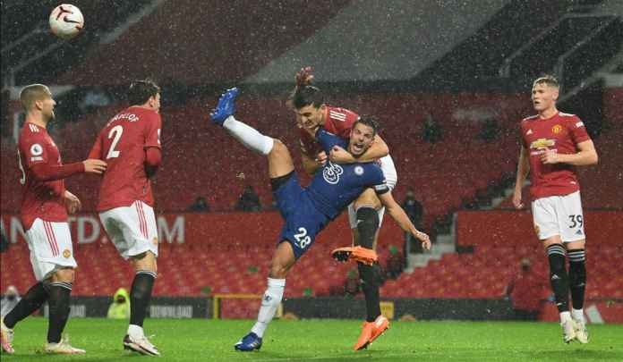 Legenda Chelsea Tuding Maguire Layak Dihukum Penalti, Mantan Kapten MU Setuju!