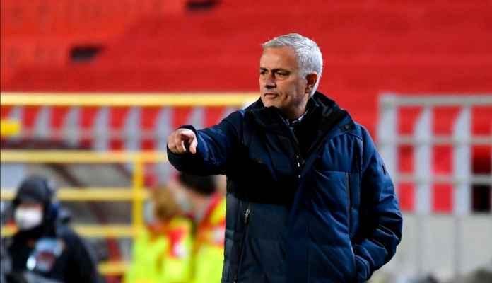 Mourinho: Kalau Bisa Ganti 11 Pemain Tottenham, Saya Ganti Semuanya