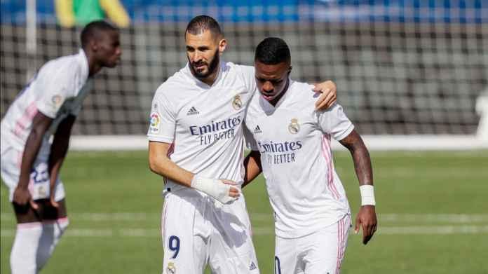 Zinedine Zidane Bilang Perseteruan Karim Benzema & Vinicius Justru Hal Bagus!