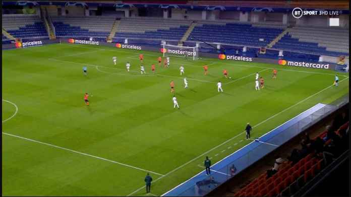 Lihat 10 Pemain Outfield Man Utd di Lapangan Lawan, Lari Terbirit-birit Untuk Cegah Gol Demba Ba