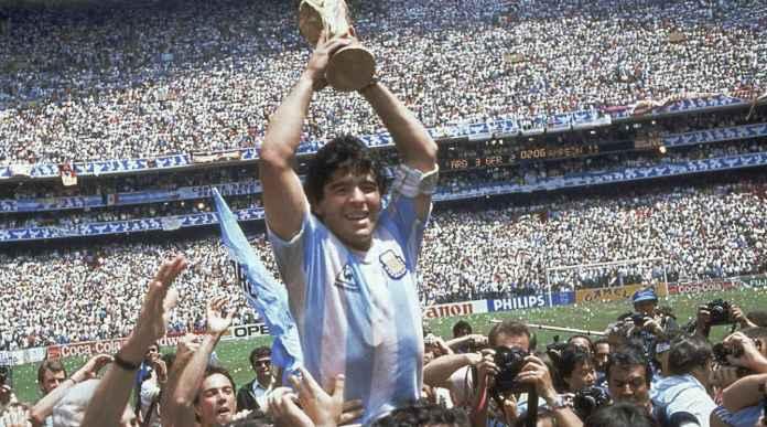 Diego Maradona Wafat