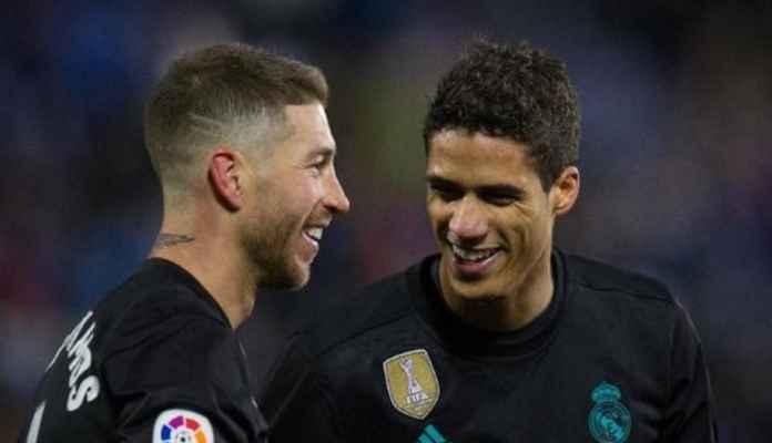 Dua bek andalan Real Madrid Sergio Ramos dan Raphael Varane