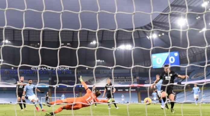 Hasil Manchester City vs Burnley: Mahrez Borong Tiga Gol, Skor Akhir 5-0