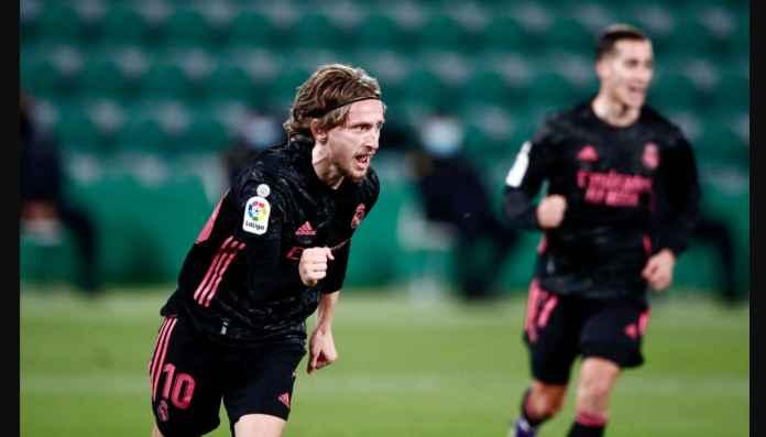 Teken Kontrak Baru di Real Madrid, Modric Cetak Gol Indah Tadi Malam