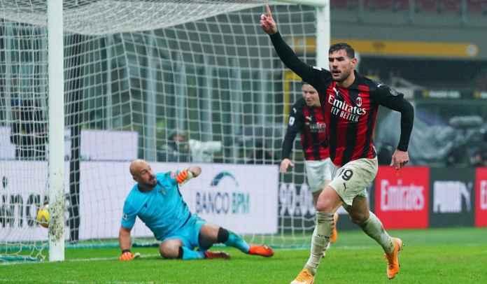Cetak Gol Kemenangan Milan, Theo Hernandez Tersanjung Dipeluk Paolo Maldini