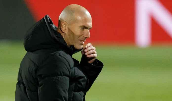 Zinedine Zidane : Saya Tidak Bisa Jadi Alex Ferguson Bagi Real Madrid
