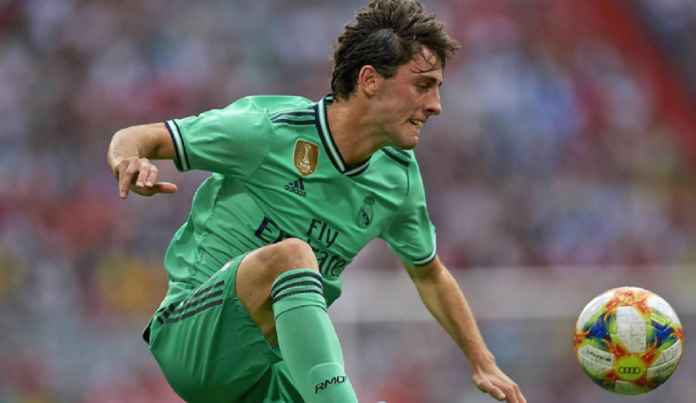 Real Madrid Ogah Rugi Lepas Bek Cadangan