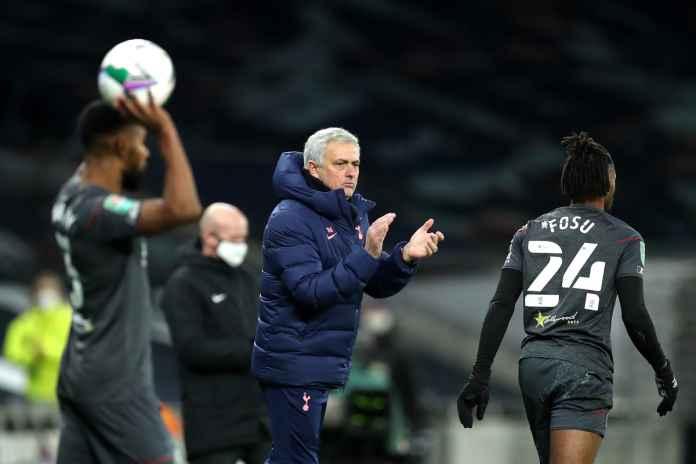 Mourinho Tuntut Pemain Spurs Sebagai Penantang Gelar