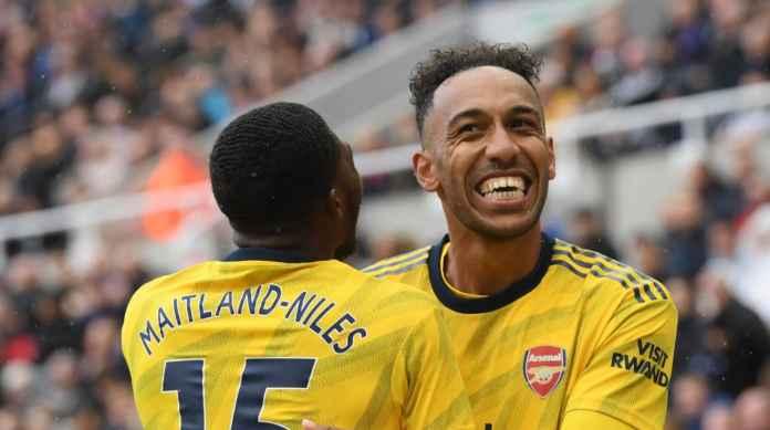 Pierre-Emerick Aubameyang saat mencetak gol ke gawang Newcastle United di ajang Piala FA