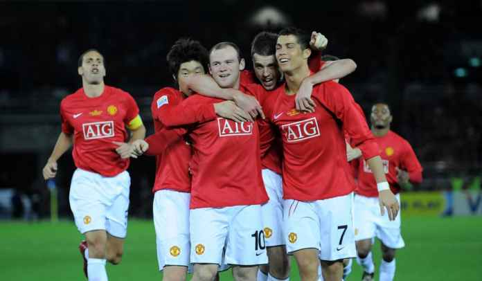 Cantona, Van Nistelrooy, Berbatov? Ini adalah striker Neville Best Man Utd