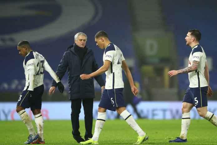 Mourinho Diharapkan Tak Disamakan dengan Lampard