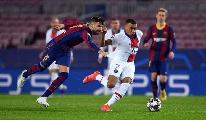 Momen Lucu Barcelona 1-4 PSG, Pique Marahi Sergino Dest Karena Kylian Mbappe
