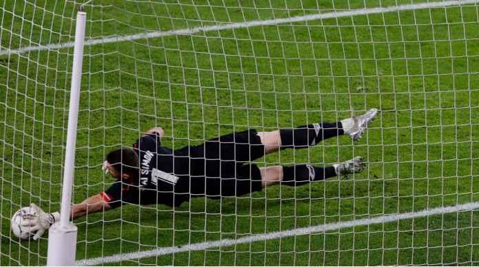Perkenalkan Kiper Level Dewa di Copa del Rey, Selamatkan Dua Penalti Tadi Malam
