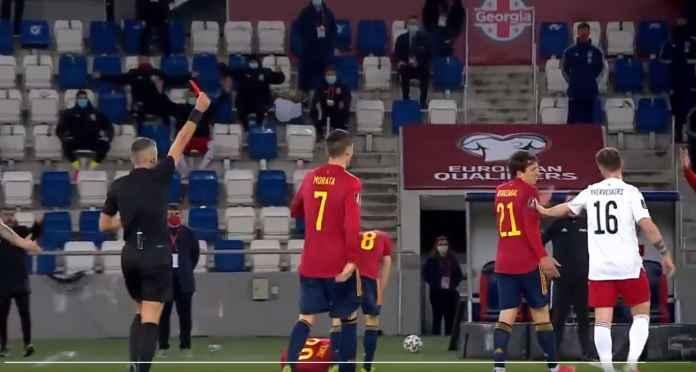 Pedri Terbang! Barcelona Akan Mengamuk Lihat Tackle Pemain Georgia Ini Tadi Malam