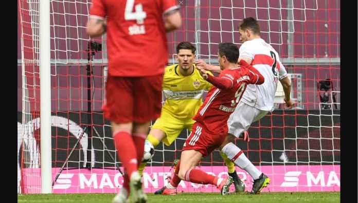Robert Lewandowski versus Stuttgart