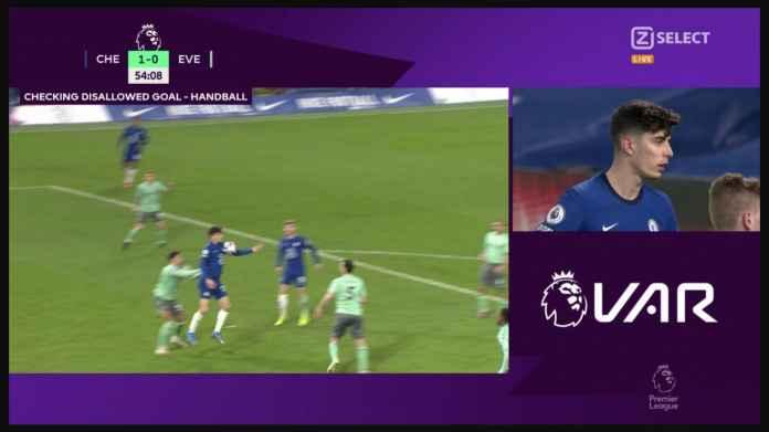 Begitu putus asa untuk mencetak gol untuk Chelsea, Kai Havertz Memegang Bola, Yang Tahu Tidak Ada Yang Akan Melihat