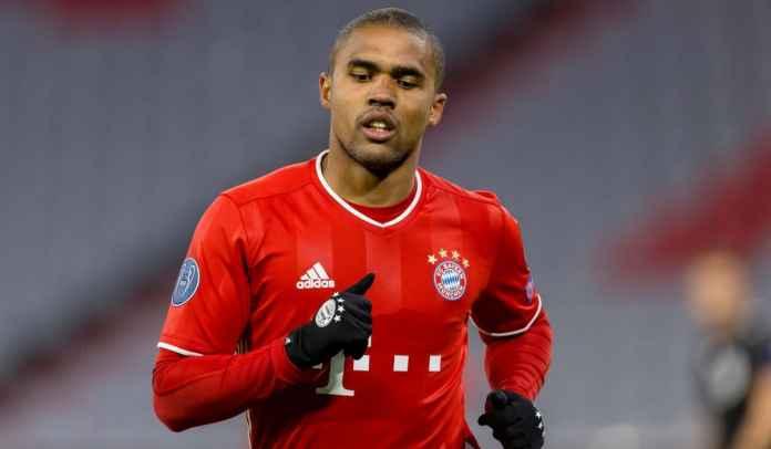 Bayern Munchen menolak kesepakatan pinjaman permanen untuk pemain Juventus Douglas Costa