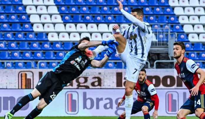 Tak terima kekalahan, Cagliari menuding Cristiano Ronaldo diberi kartu merah