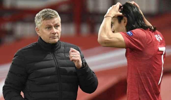 Ole Gunnar Solskjaer Bocorkan Masa Depan Edinson Cavani di Manchester United