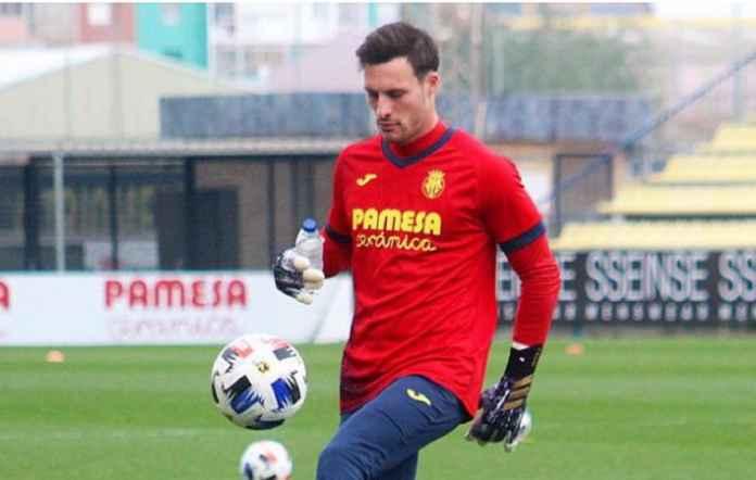 Barcelona Cari Kiper Lagi, Kini Wonderkid Villarreal Jadi Sasarannya