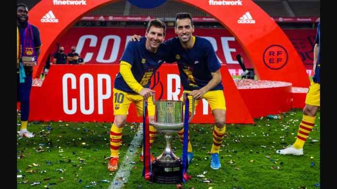 Adegan setelah menerima Copa del Rey, pemain Barcelona sudah mengetahui bahwa Lionel Messi belum memperpanjang kontraknya, simak videonya
