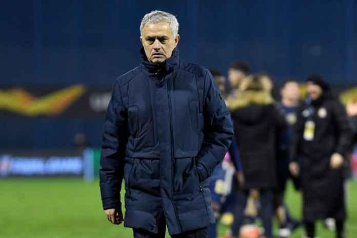 Mourinho Pede Jelang Hadapi Manchester United