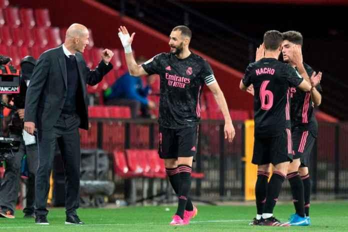 Benzema Angkat Bicara Soal Zidane Tinggalkan El Real
