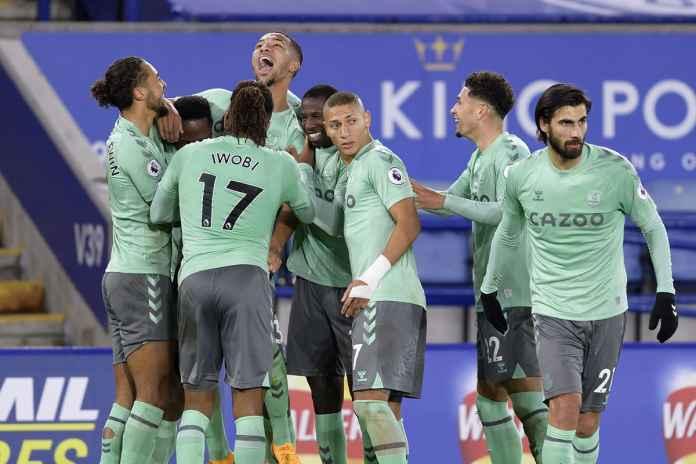 Everton Berpeluang Gagal Tampil di Eropa, Bek Ini Malah Bersemangat