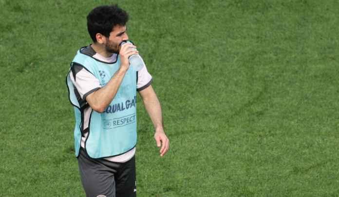 24 Jam Sebelum Final, Ilkay Gundogan Malah Dicederai Fernandinho di Sesi Latihan
